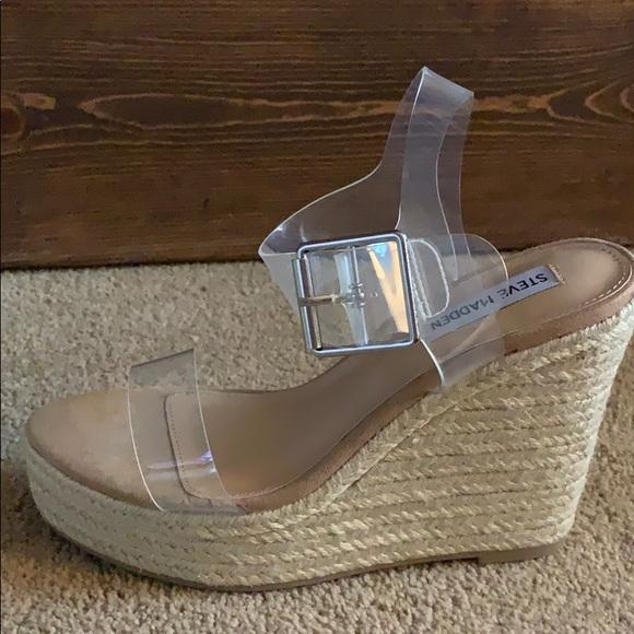 Sz 75 New Splash Wedge Sandal